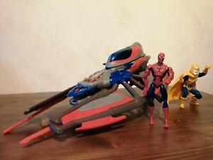 Hasbro Marvel Spiderman Figur mit Flieger und einer Kobold Figur