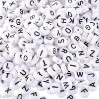 1000 Acryl Weiß Schwarz Buchstaben Perlen Spacer Beads 7mm