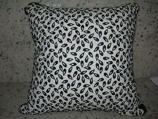 "Royal Heritage Home ''Clermont"" ; 1Pc Throw Pillow 14""x14"" Square Black/White Nwt"