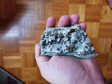 Chalcopyrite et pyrite sur quartz