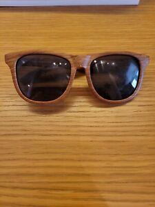 Moustachifier Baby Sunglasses, Wood Look