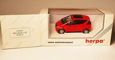"""MERCEDES W 168 """"classe A"""" IN ROSSO ROUGE ROSSO Roja Red, Herpa in 1:43 Boxed!"""