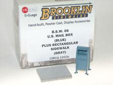 Brooklin BSW 06 - US Mail Box + Sidewalk - Briefkasten USA + Gehwegplatte 1/43