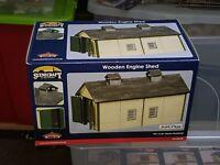 OO Gauge Bachmann Scenecraft 44-0029 Wooden Engine Shed model railway Building