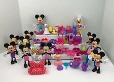 Disney Minnie Mouse Daisy Dolls Bowtique Dress up Snap on Clothes Purses Shoes