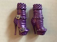 Monster High CASTA FIERCE Replacment BOOTS Purple HEELS Shoes (2pc) MATTEL