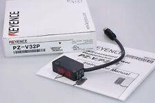 KEYENCE  PZ-V32P  Selbstjustierender fotoelektrischer Sensor PNP M8 OVP NEU