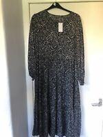 Papaya Black/White Ditsy Floral Print Tiered Maxi Dress Size 16