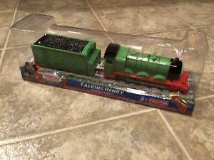 P109 Thomas Trackmaster MOTORIZED TALKING HENRY & TENDER Train 2010 BRAND NEW