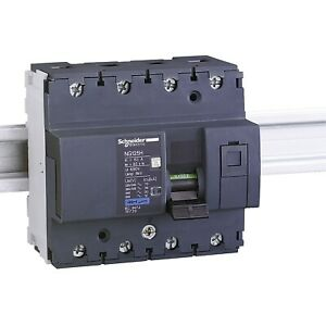 Schneider Electric 18734 NG125H C20A 4-pole circuit-breaker 36 kA (IEC 60947-2)