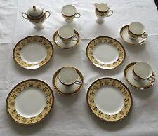Wedgwood® INDIA 5 Tassen, 4 Untertassen, 4 Desserteller, 1 Zuckerdose, 1 Milch