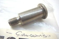 VOLVO PENTA SHOULDER SCREW (INTERMEDIATE HOUSING, AQ DRIVE UNIT) PART No 852751