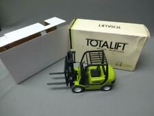 CLARK BOBCAT CMP25 FORKLIFT TOTALIFT CLASSIC DIECAST 1:20 SCALE MODEL TOY