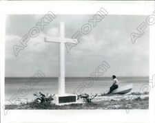 1976 San Salvador Bahamas White Cross for Christopher Columbus Press Photo