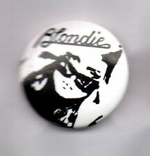 BLONDIE - BUTTON BADGE - AMERICAN ROCK BAND - DEBBIE HARRY - ATOMIC / POP 25mm