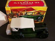 Full Bottle Vintage Avon Maxwell '23 Tribute After Shave With Box
