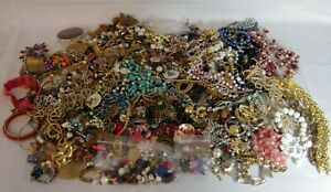 LOT of 12+ LBS BROKEN/DAMAGED JEWELRY FOR PARTS/REPAIR/CRAFT