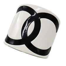 CHANEL CC Logos Bracelet Bangle Plastic White Black Vintage Authentic #ZZ310 I