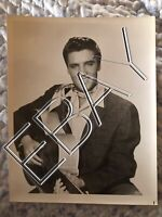 ELVIS PRESLEY 8x10 ORIGINAL PROMO PHOTO