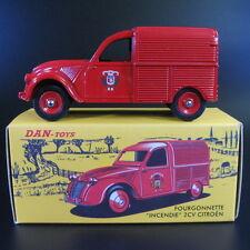 Dan Toys 1:43 Citroen 2CV Fourgonnette Incendie die-cast car model