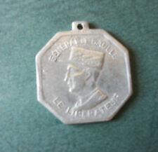 FRANCE 1939 1945 - MEDAILLETTE GENERAL DE GAULLE LE LIBERATEUR