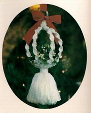 Hanging Mistletoe Ball Pattern - Macrame Christmas Craft Book: SK1 Silent Knot