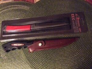 SET OF 2 KNIVES; EAGEL CLAW FILLET KNIFE & KCC SURVIVAL KNIFE