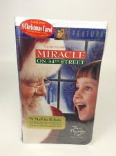 """""""Miracle on 34th Street"""" VHS 1994 Clamshell SEALED Christmas Movie"""