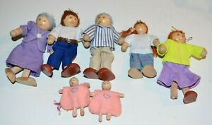 RYAN'S ROOM Family Wooden with Twins  Grandparents etc....