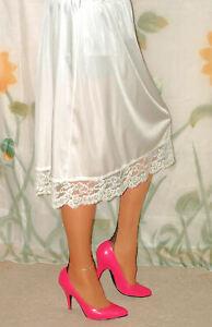 Half Slip 100 % Nylon Half Slip With 4 Inch Floral Lace Hem Size XL