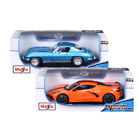 Maisto 1:18 Die Cast Vehicle 2-Pack, 1965 Corvette and 2020 Corvette Stingray