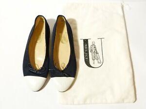 Vintage Pair Unutzer Ladies Flat Shoes White & Navy Leather Sole Size 38 - UK 5