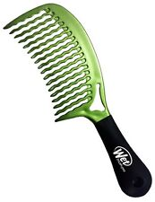 The Wet Comb Metallic Collection Green