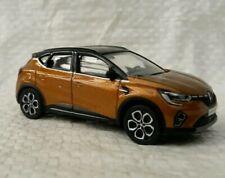 Nouvelle Renault CAPTUR  3 inch échelle 1/60. Orange Acatama. Neuf en boite