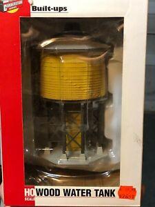 Walthers Cornerstone HO 933-2813 Wood Water Tank, Yellow Ochre