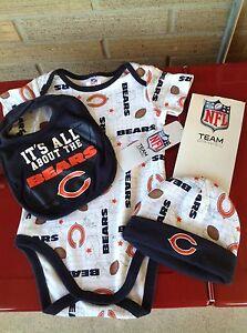 Chicago Bears NFL Baby 3-Piece Bodysuit, Bib & Cap Set Size 0-3 Months NWT