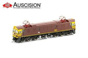 Auscision (85-6) 8504 Indian Red with small illuminated E on nose DC Locomotive