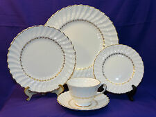 5 PC PLACE SETTING ROYAL DOULTON ADRIAN CHINA DINNERWARE SWIRL GOLD TRIM ENGLAND