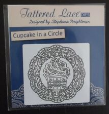 Tattered Lace Cupcake in a circle Die