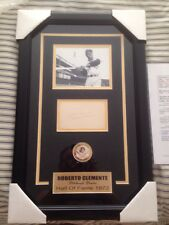 ROBERTO CLEMENTE SIGNED JSA CERTIFIED AUTHENTIC FRAMED AUTOGRAPHED INDEX CARD