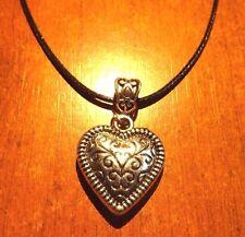 collier ciré noir 47 cm avec pendentif coeur 28x25 mm