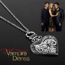 The Vampire Diaries Caroline Forbes Antique Silver Heart Pendant & Necklace Set