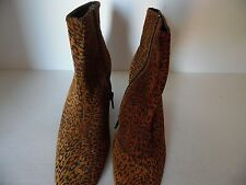 LADIES CLASSIQUE LEOPARD PRINT ANKLE BOOTS, SIDE ZIP NWOB, SIZE 6.5M