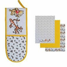 Winnie The Pooh Double Oven Glove and  3 Pack Tea Towels
