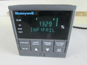 HONEYWELL DC300K-0-0A0-10-0000-0, TEMP. CONTROLLER GOOD TAKEOUT! MAKE OFFER!
