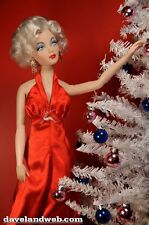 Marilyn Monroe Night Before Christmas Doll - Franklin Mint - New