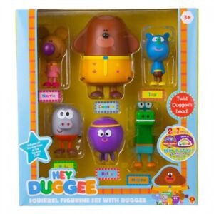 Hey Duggee Duggee & The Squirrel Club Members Figurine Set
