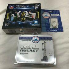 LEGO Nasa Robotics Laboratory Moon  Rocket Ship Astronaut Custom space New