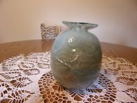 ART GLASS HAND BLOWN VASE W/APPLIED DECORATION SIGNED MANDL