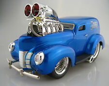 1940 Ford Sedan Delivery Hot Rod Dragster  Muscle Mashines  1:18  OVP  NEU